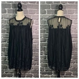 Paper + Tee Black Lace Covered Plus Sz Top 3X